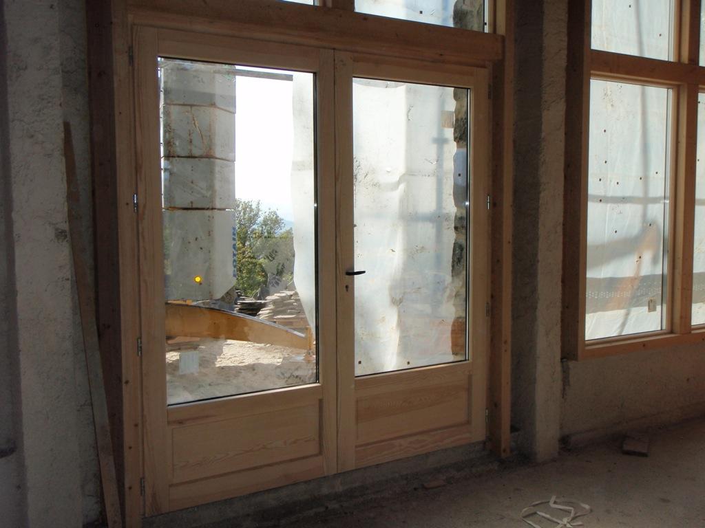 Porte en bois salon